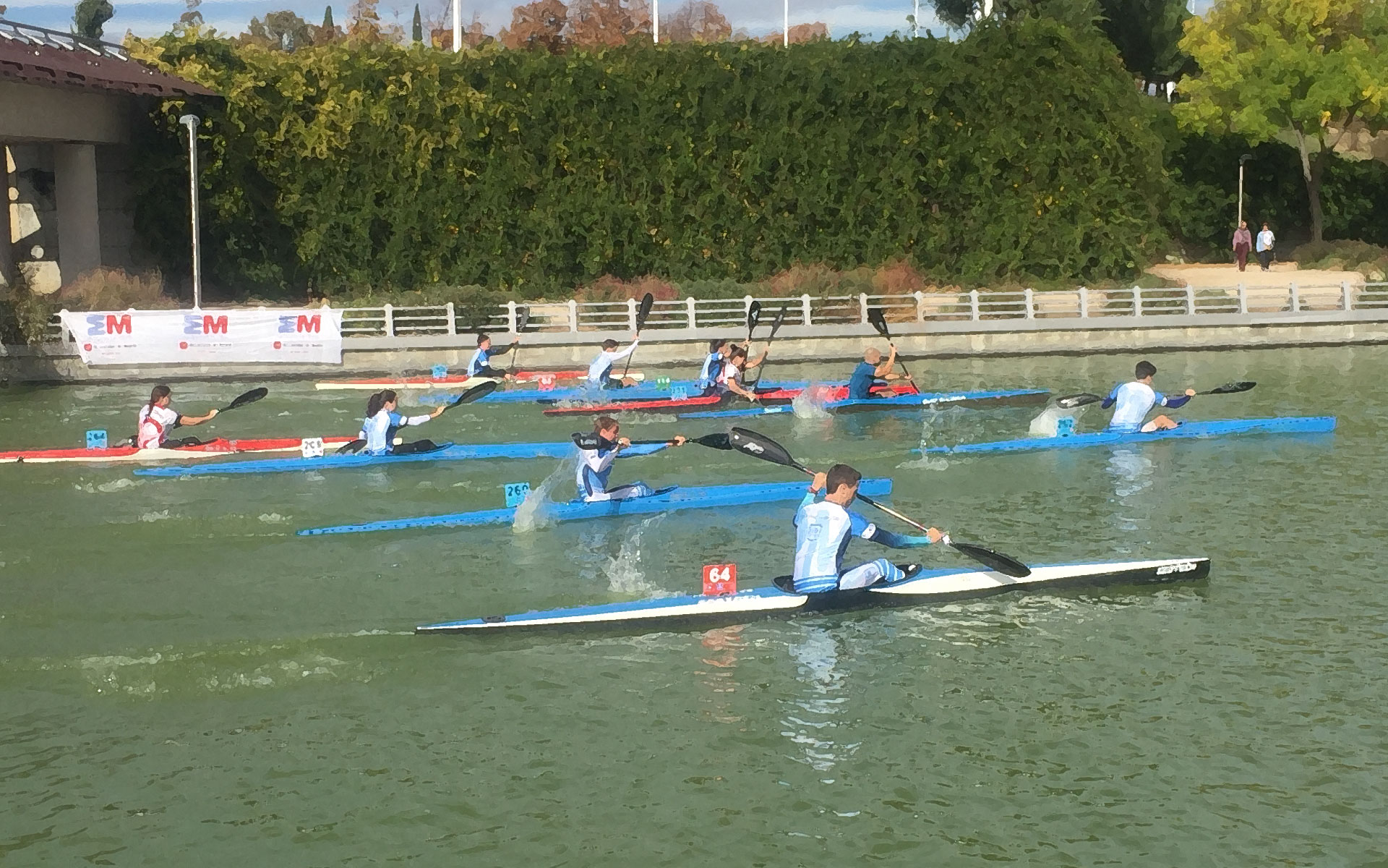Competición K1 en parque Juan Carlos I